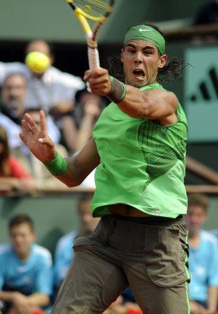 Nadal tops Federer in Wimbledon thriller