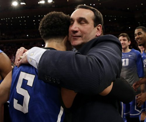 Coach 1K: Duke tops St. John's to give Krzyzewski milestone