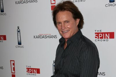 Bruce Jenner to appear as woman on cover of Vanity Fair magazine