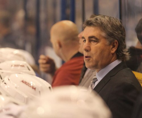 Arizona Coyotes part ways with coach Dave Tippett