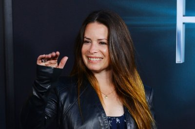 'Charmed': Holly Marie Combs shuts down reboot rumors
