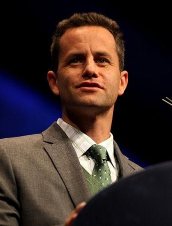 Ex-child stars mock Kirk Cameron in clip