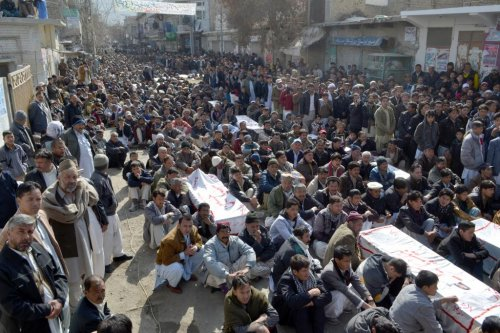Bombing ends lull in violence against Pakistani minority