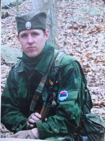 Cop-killer suspect Eric Frein possibly spotted, in standoff