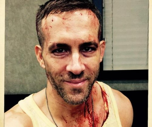 Ryan Reynolds shares bloody selfie on 'Deadpool' set