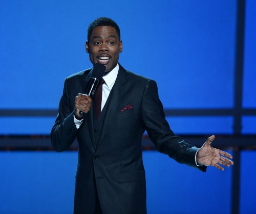Chris Rock tackles diversity issue in opening monologue