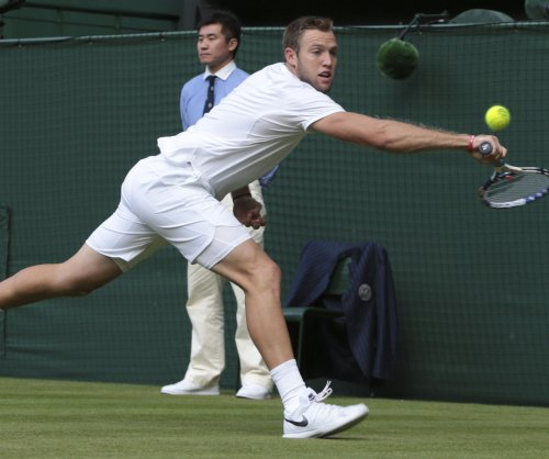 Jack Sock, John Isner give U.S. 2-0 lead over Swiss in Davis Cup