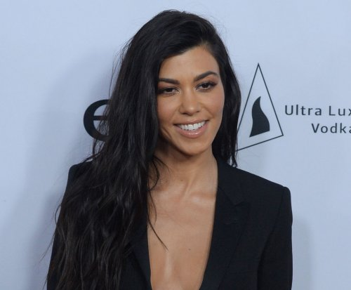 Kourtney Kardashian, Younes Bendjima cozy up in France