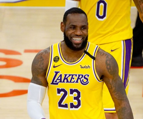 Lakers star LeBron James out vs. Rockets due to sore groin
