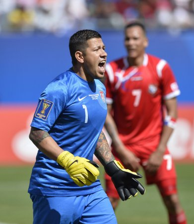 Nick Rimando claims MLS Player of the Week honor