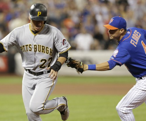Rain delays no problem for Pittsburgh Pirates vs. New York Mets