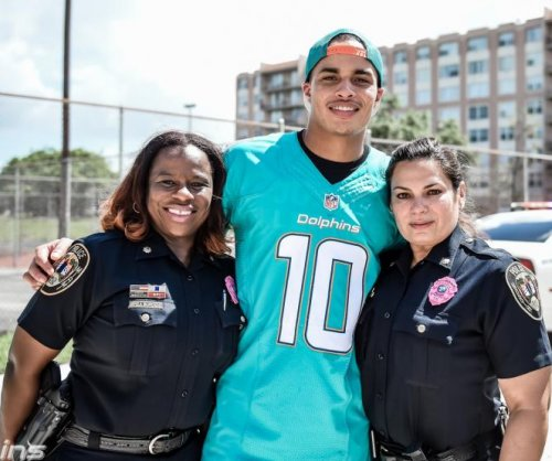 Miami Dolphins, Cleveland Browns among teams doing police ride-alongs