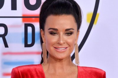 Kyle Richards on Paris Hilton ending engagement: 'I wasn't surprised'