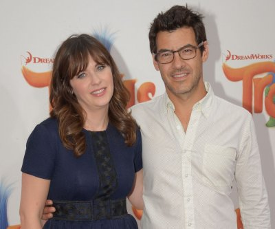 Zooey Deschanel's husband, Jacob Pechenik, files for divorce