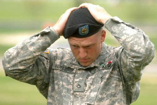 Army dumping berets for combat uniform