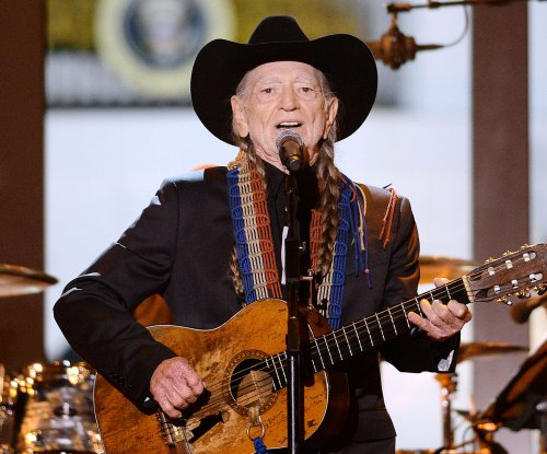 Willie Nelson receives Gershwin Prize for Popular Song