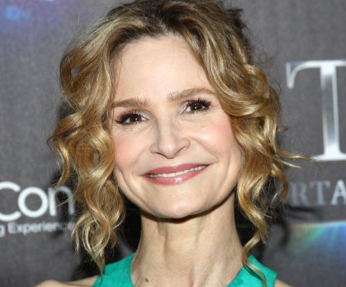 Kyra Sedgwick and Kevin Bacon teaming up for Lifetime's 'Story of a Girl'