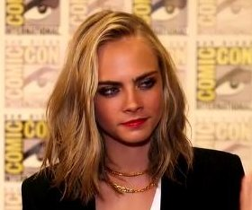 Cara Delevingne debuts short hair at San Diego Comic-Con