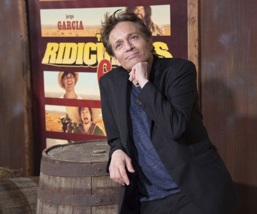 Chris Kattan is the first to go on 'Dancing with the Stars' Season 24