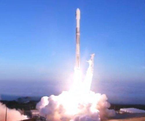SpaceX's Falcon 9 launches, releases 10 Iridium satellites into orbit