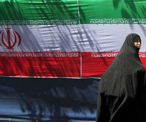 France seeks ways to keep Iranian oil flowing