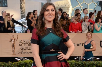 Mayim Bialik cheers up after sad Christmas Eve post
