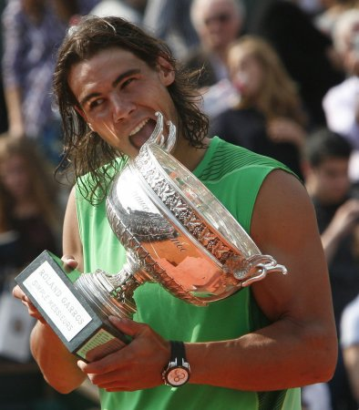 Nadal moves back to world No. 2