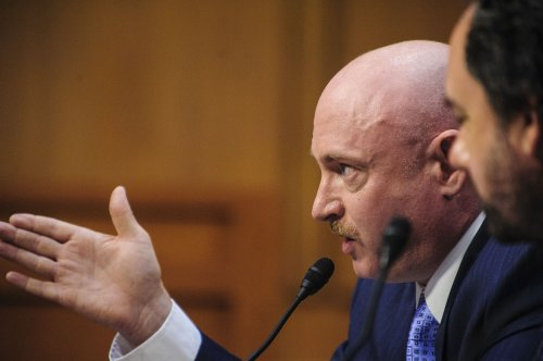 Mark Kelly anti-gun-violence group to spend big in 2014 elections