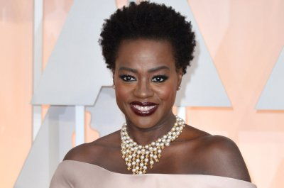 Viola Davis to play Harriet Tubman in HBO biopic