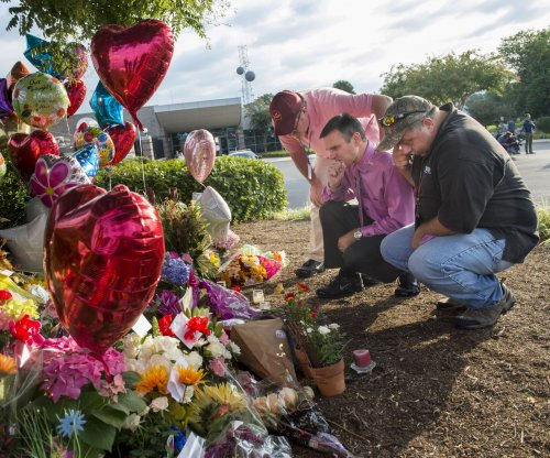 Obama on Virginia news crew shooting: gun-related deaths 'dwarf' terrorism deaths