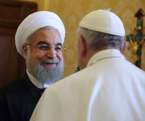 Pope Francis meets Iranian president Rouhani to promote cooperation, nuke deal, religious freedom