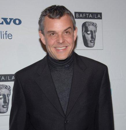 Huston to play King Richard in Hood film