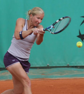 Craybas continues Korea Open success