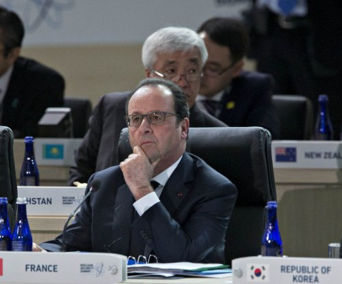 Hollande prepares to sign $1B arms deal with Egypt