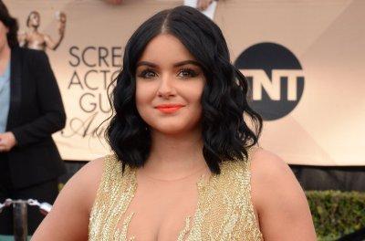Ariel Winter fires back at critics of low-cut dress