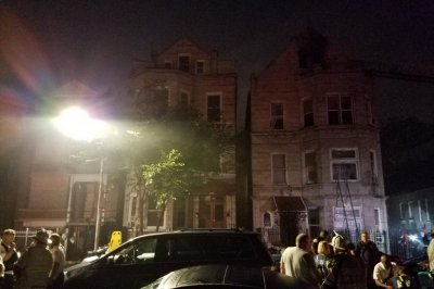 Death toll in Chicago apartment fire now 10