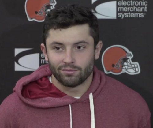 Browns' Hue Jackson names Baker Mayfield starting QB