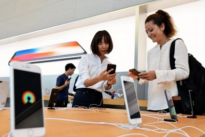 Report: U.S.-China trade war could hurt Japan, Taiwan firms