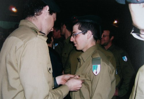 2 Palestinian moms call to free Shalit