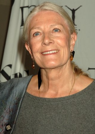 Streep, Keitel attend 'Magical' show