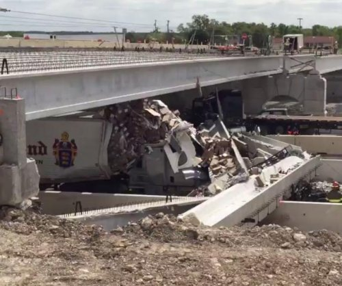Bridge collapses onto highway in Texas, killing at least one
