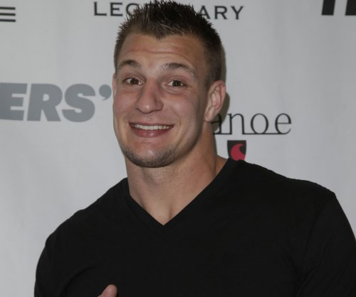 Rob Gronkowski twerks on ESPN reporter at Derby