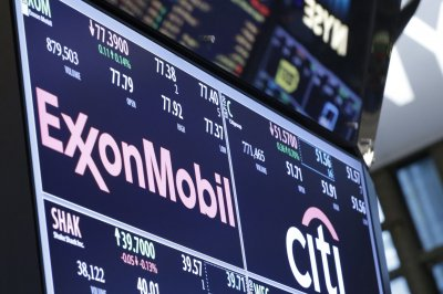 Exxon Mobil faces suit that says it misled investors on climate change
