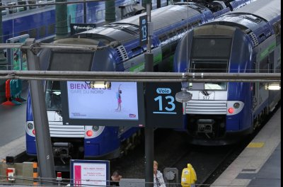 Trial begins for man accused in foiled 2015 terror attack on French train