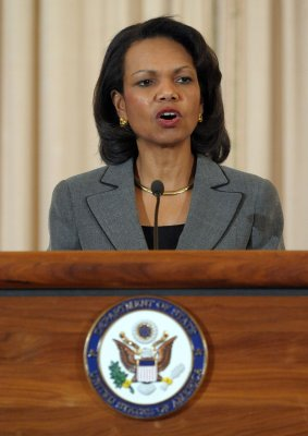 U.S. to accept Iraqi refugees, Rice says