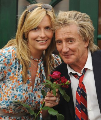 Rod Stewart to be dad again at 65