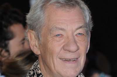 Ian McKellen offers a first glimpse of his work in 'Mr. Holmes'