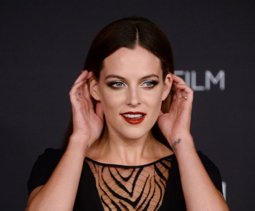 Starz offers details about Riley Keough's 'Girlfriend Experience' role