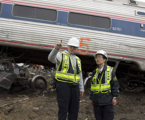 Amtrak: 8th body found in wreckage; all passengers accounted for