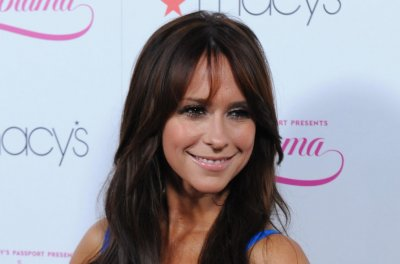 Jennifer Love Hewitt pushes for 'Can't Hardly Wait' sequel